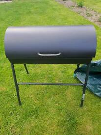 Large drum barbeque/with cover