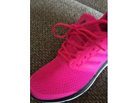 AS NEW GENUINE HOT PINK ADIDAS 9