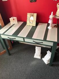 Table can be used in the kitchen office or bedroom