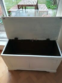 Blanket box for upcycling
