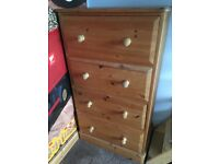 Solid wood pine chest of 4 large drawers