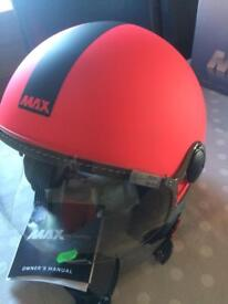 VESPA CAFE RACER , HAND MADE ITALIAN CRASH HELMET.NEW