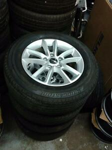 Brand New  225 65 17 winters on Dodge Caravan Journey Chrysler Town and Country OEM rims 5x127 / TPMS