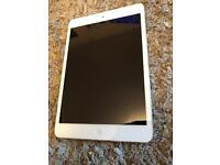 iPad mini 2 silver 16gb WiFi like new