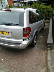 NICE AND COMFORTABLE AUTO-DIESEL STOW AND GO CHRYSLER GRAND VOYAGER. SOUND ENGINE STRONG GEARBOX