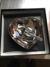 Slate Heart Dish and Spoon Set