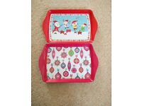 2 small Christmas theme trays - £3 each