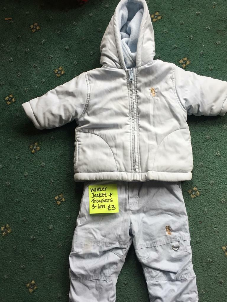 f8e35980d 2 piece snow suit 3-6 months