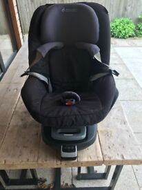 Maxi-Cosi Pearl car seat & Family Fix base
