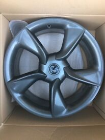 19'' alloy wheels