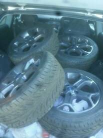 Ford 17 inch alloy wheels new tyers and refurb