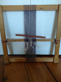 Weaving frame loom, ready to use