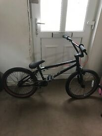 Black Haro The BLVD BMX Bike