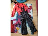 Skiing trousers and jacket (Waterproof Small Mens)