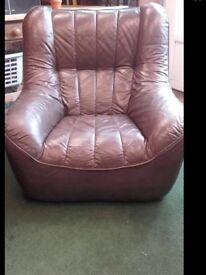 Retro vintage leather suite