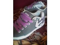 Womans DUFFs trainers