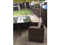 Rattan table and chairs cube