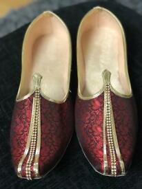 New INDIAN KHUSSA SHOES SLIPPERS SANDALS PUNJABI JUTI MOJRI BALLERINA SHOE