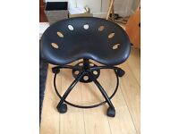 Black swivel stool