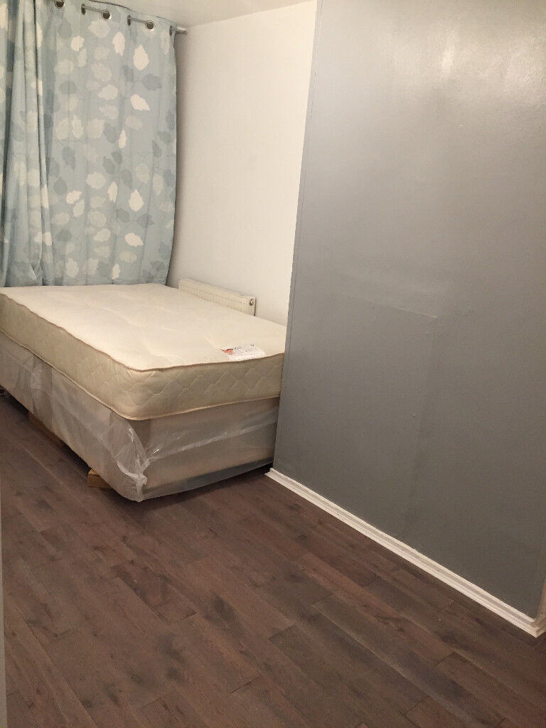 Single room available now in new brand flat in Putney, close to fulham, hammersmith, kingston, sheen