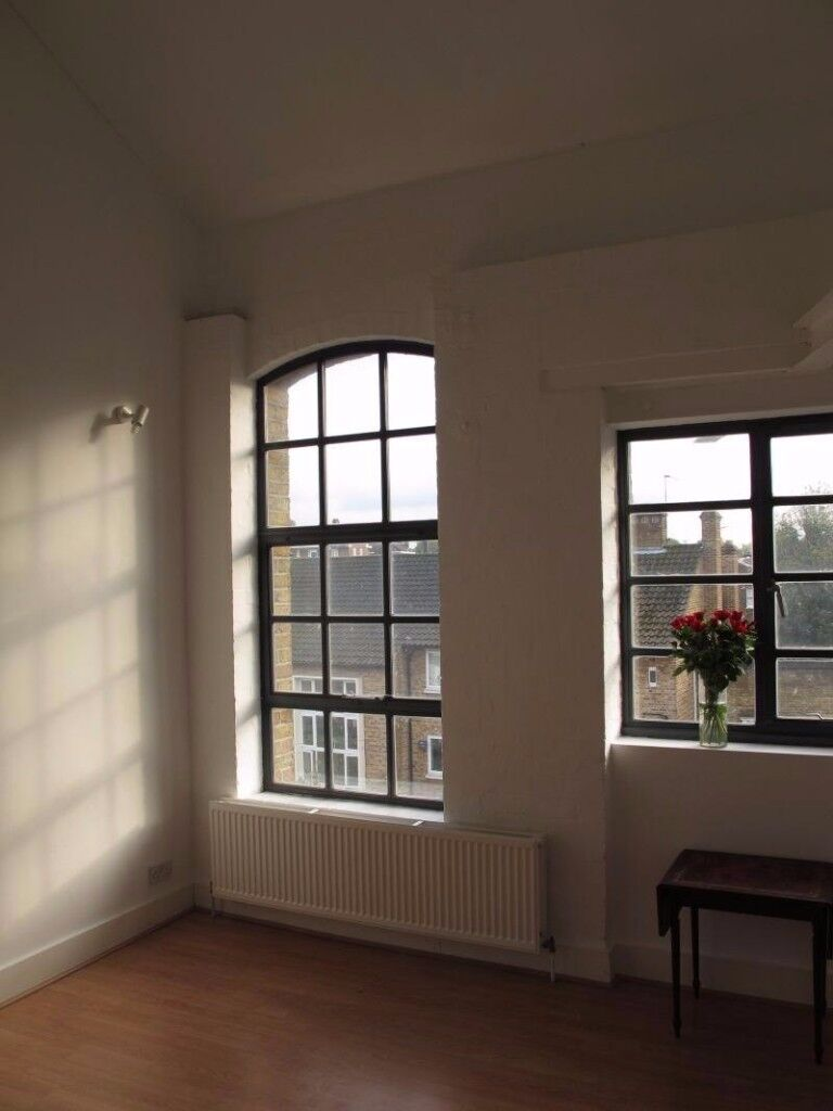 Sole Use of 2 Rooms in a Beautiful Loft Warehouse by London Fields - Available imedietley