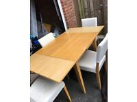 Solid wood Adjustable dining table with 4 Chairs