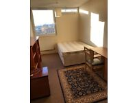 Nice double room available in Shadwell with all bills included