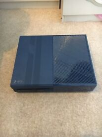 Xbox one - Forza limited edition 1Tb +8 games +controller
