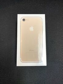 IPHONE 7 32GB GOLD COLOUR UNLOCKED BRAND NEW SEALED FULL APPLE WARRANTY