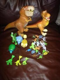 For sale the good dinosuar toys