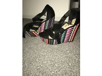 Black Aztec wedges
