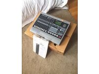 ROLAND VS880 EXPANDED- Mint condition, boxed