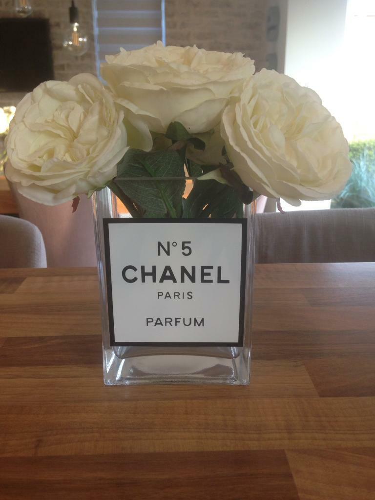 9e43fa7408d2 Chanel No5 Paris Parfum Glass Vase