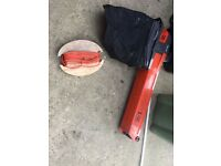 Flymo leaf blower and suction with bag