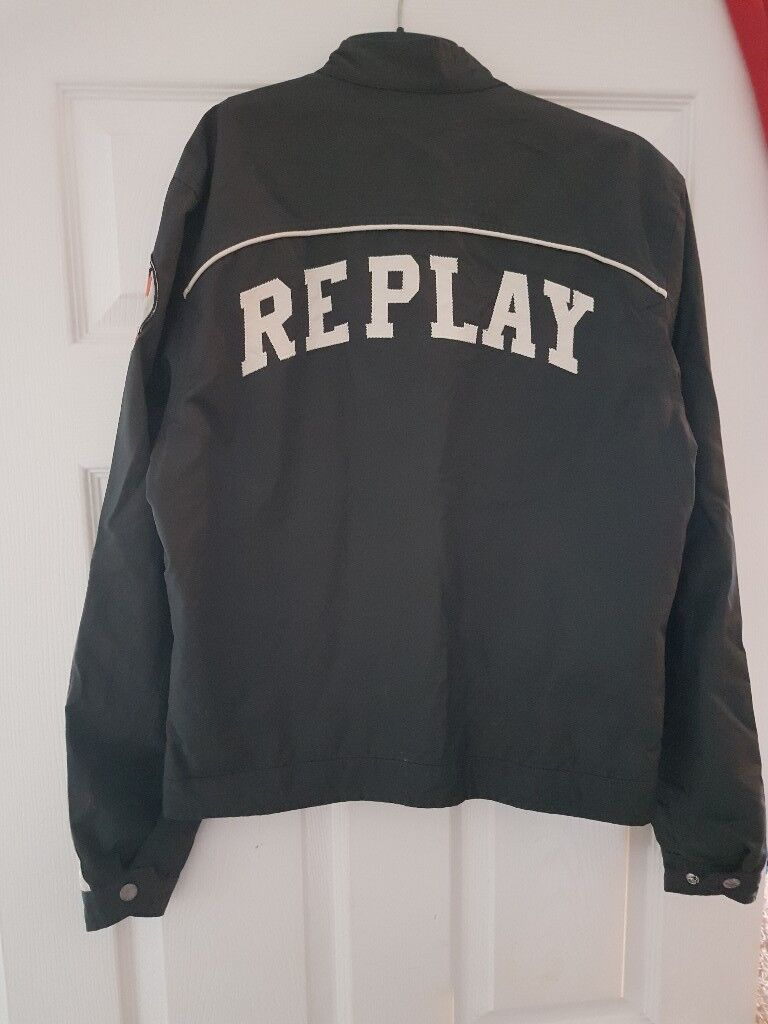 Size small replay jacket