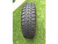 Land Rover Defender Goodyear Wrangler tyres