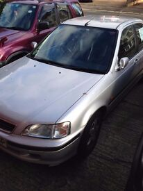 Honda civic 1.4 2000 reg in excellent condition for sale only £600 ono!
