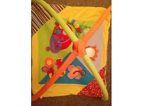 Baby playgym and mat