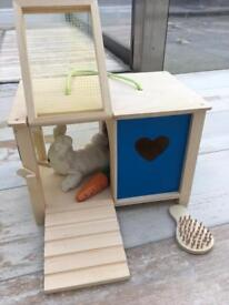 Kids Wooden Toy Rabbit hutch with accessories; VGC