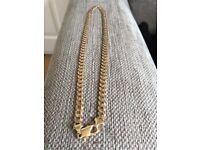 Men's 9ct gold curb chain 46.5g hardly used
