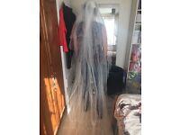 Richard designs long diamonte scatter veil