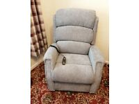 Rise/tilt recliner chair