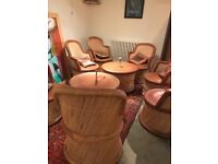 Beautiful vintage whicker 8 chairs and 2 tables