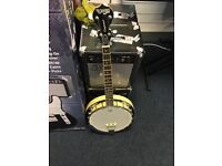 MINT TANGLEWOOD BANJO , GOING CHEAP , LOOKING FOR QUICK SALE