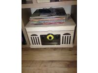 Vinyl & cd & tape player with radio