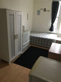 Fully furnished clean and spacious bedsit in central location, with newly fitted communal kitchen