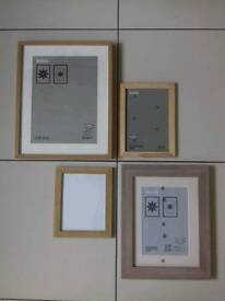 Photo / picture frames