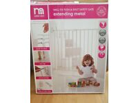 *Unused* Mothercare wall fix child stairgate