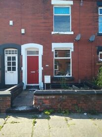 3 Bedroom Spacious House! Hindley Street, Ashton-under-lyne, Manchester, OL7 0EE.