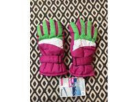 Pair of Girls' Ski Gloves - Size 6.5